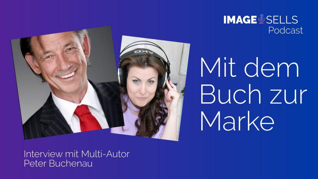 12_Peter-Buchenau-mit-dem-buch-zur-marke